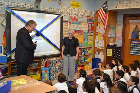 Dromm Allocates 2 4 Million To Local Schools Jackson