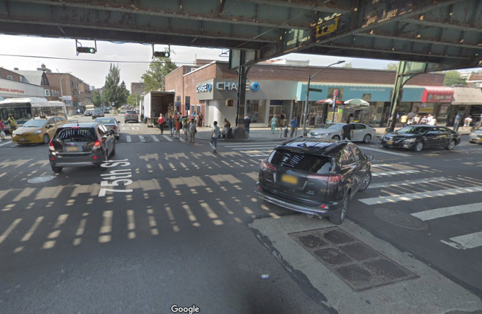 Man Fatally Struck By Mta Bus In Jackson Heights Nypd